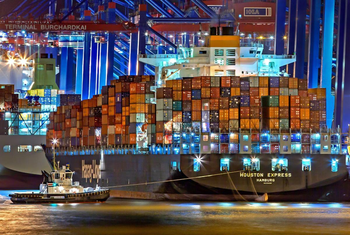 Trade ship - pexels-julius-silver-753331